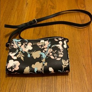 Kenneth Cole Reaction floral black crossbody purse